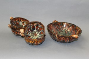 Brown leaf salad bowl set