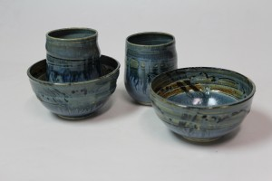 Small bowIs & matching tea bowls