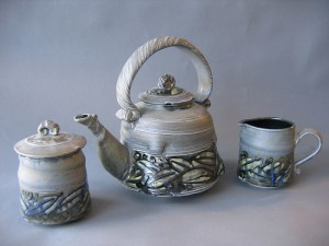 Gray Leaf  Teapot with