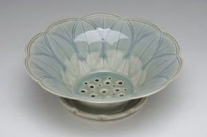 Celadon Berry Bowl